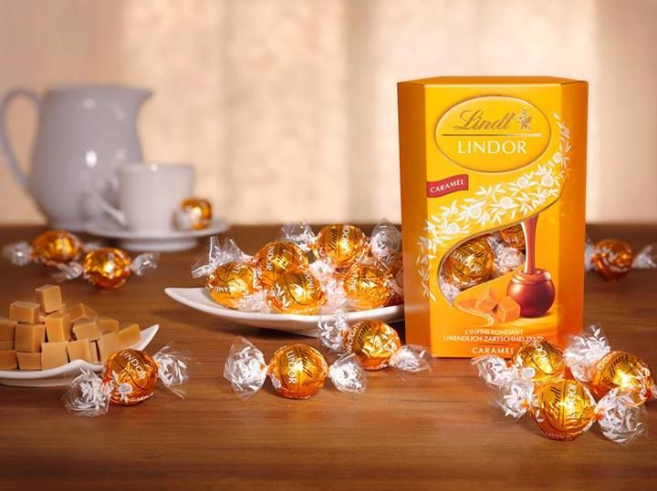 Karamelové zátiší. #chocolate #caramel #Lindt #lindor