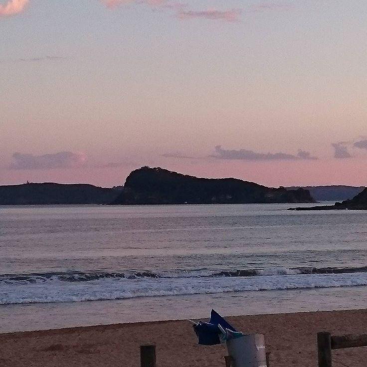 #uminabeach #coastlocal #beachlife #neonwaveaus