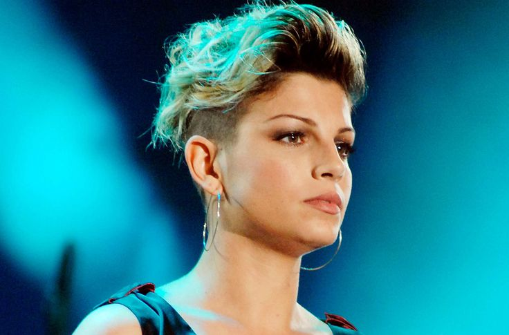 pianto emma marrone - Google Search