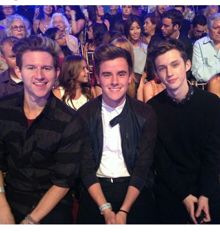 Ricky Dillon, Connor Franta, Troye Sivan in the audience of #DWTS supporting Bethany Mota