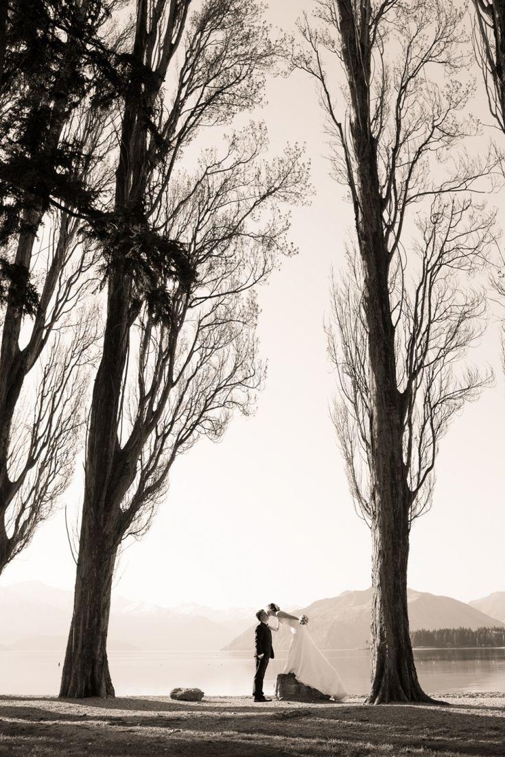 Wanaka Wedding.  Photograph by www.alpineimages.co.nz