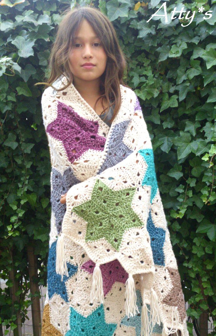 Crochet Star Blanket #StonewashedXL #Scheepjeswol https://www.facebook.com/pages/Attys/285033854868633?ref=hl