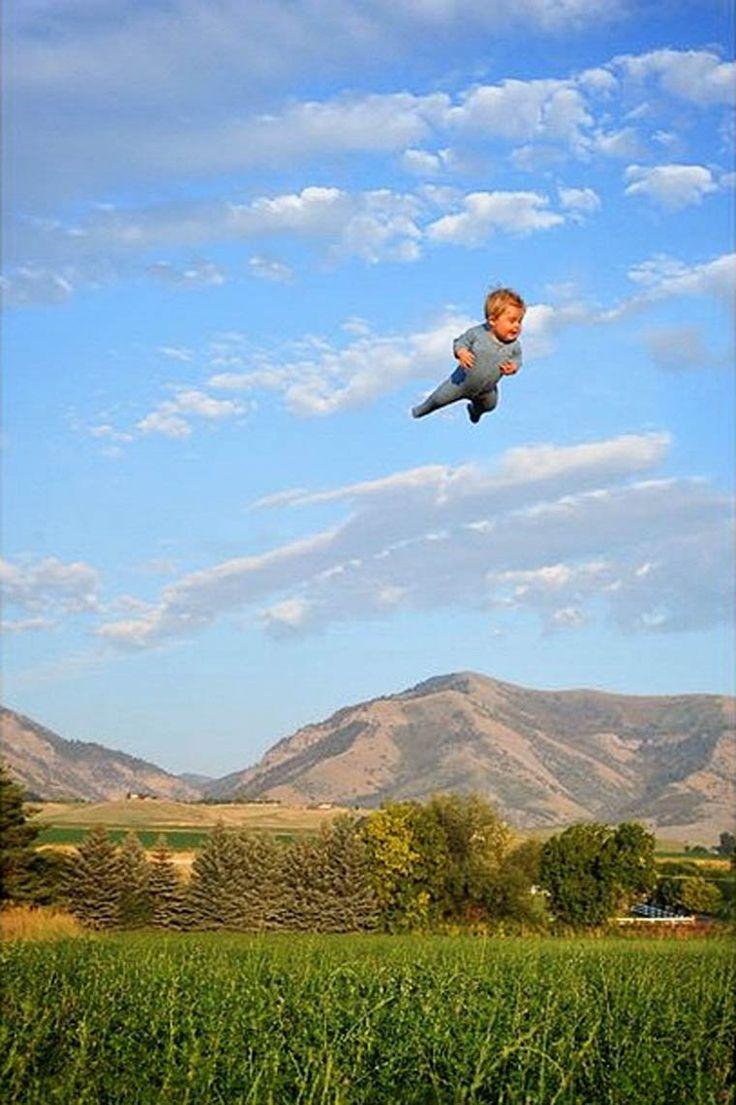Flying Baby – Un papa met en scène son fils de 18 mois atteint du syndrome de Down
