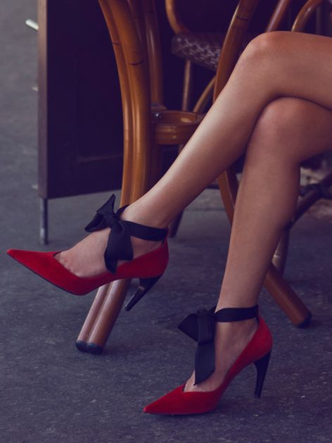 These Louis Vuitton bow pumps are cute and unique <3