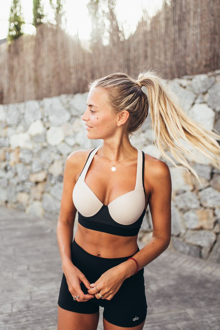 janni-deler-workout-lookDSC_9865