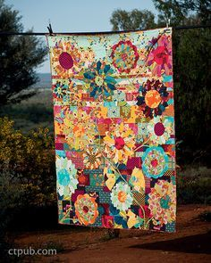 Kathy Doughty –– Discover your own quilting style • 21 inspiring projects from expert quilter, Kathy Doughty, of the popular Australian shop Material Obsession • Patterns are designed In a variety of