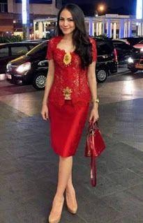 Kebaya Wisuda Warna Merah Style N Beauty Di 2019 Gaun Pakaian