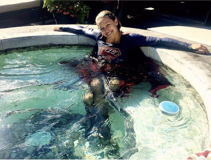 Supergirl just chilling in a hot tub!! @Melissa Benoist
