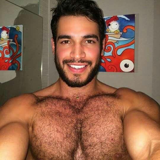 Les hommes gais ont souvent de jolis visages