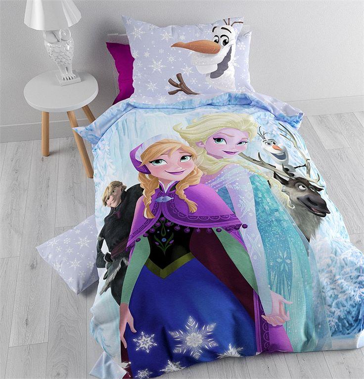 Je dochter, nichtje of kleindochter droomt voortaan heerlijk weg onder dit prachtige Disney Frozen Winter Dekbedovertrek.