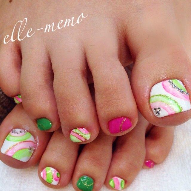 acrylic toes ideas