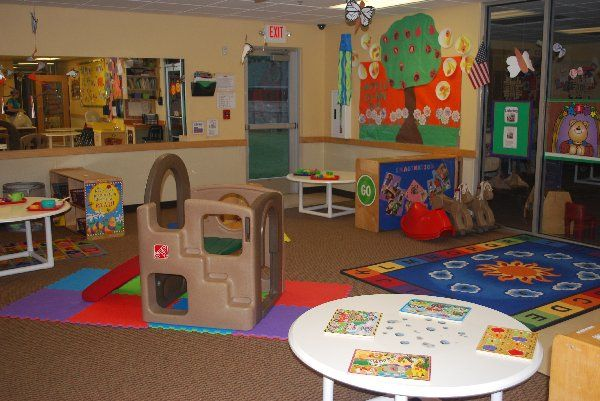 Playgroup room designs for brainy child: Imaginative playgroup room design idea for brainy child