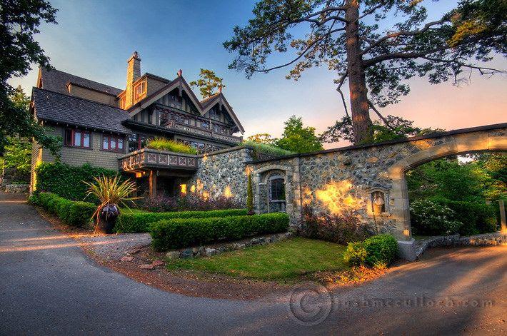 English Inn, Victoria