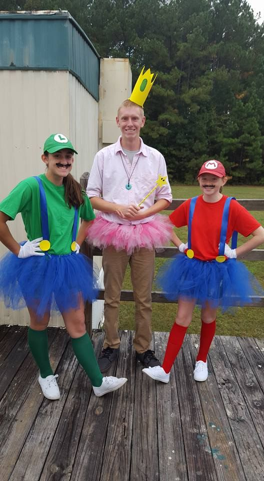 DIY Mario, Luigi and princess peach costumes | nerd ...