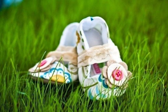 Vintage Baby Maryjanes by GraciousMay on Etsy, $36.00