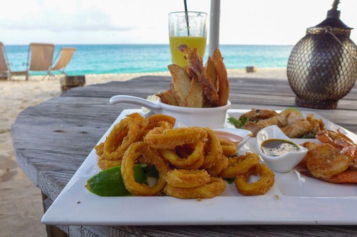 Île paradisiaque des Caraïbes: les immanquables de Saint-Martin (Detour Local) -> La bouffe du Karakter, tapas style www.detourlocal.com/saint-martin-caraibes-top-5-sxm/