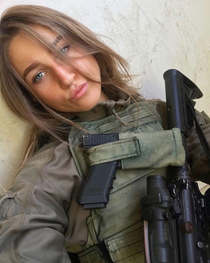 Фотография | Girl guns, Military girl, Army women