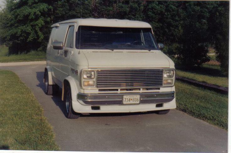 custom g10 chevy vans | Registered: October 25th 2001 12:00 pm