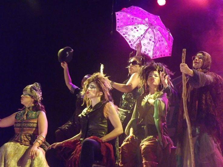"""Nos dias 9 e 10 de agosto, às 16h, o Espaço Cultural Pinho de Riga recebe a apresentação do espetáculo """"Bruxas, Bruxas... E Mais Bruxas"""". A entrada é Catraca Livre."""
