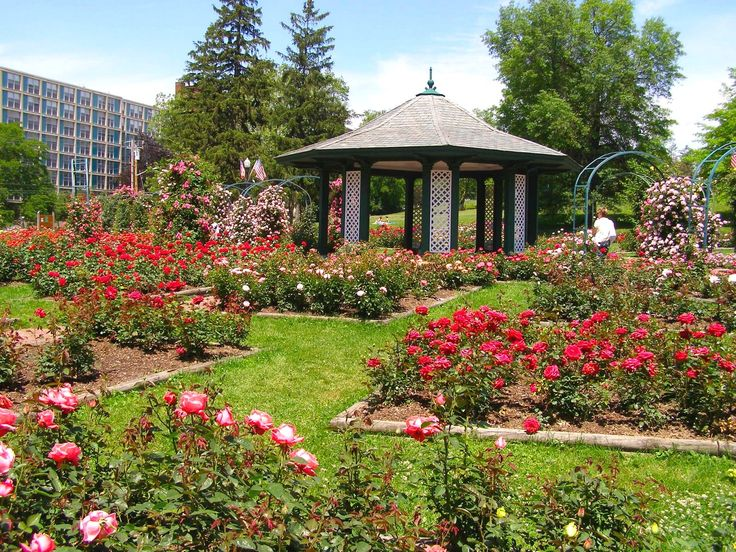Garden Houses The Country Garden Decorah Iowa Awesomw Country Garden Design  With Gazebo The Home Appears Beautiful With The Country Garden