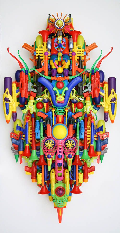 Hideki Kuwajima, Euphoria 100320, 2010. Sculpture made from found objects
