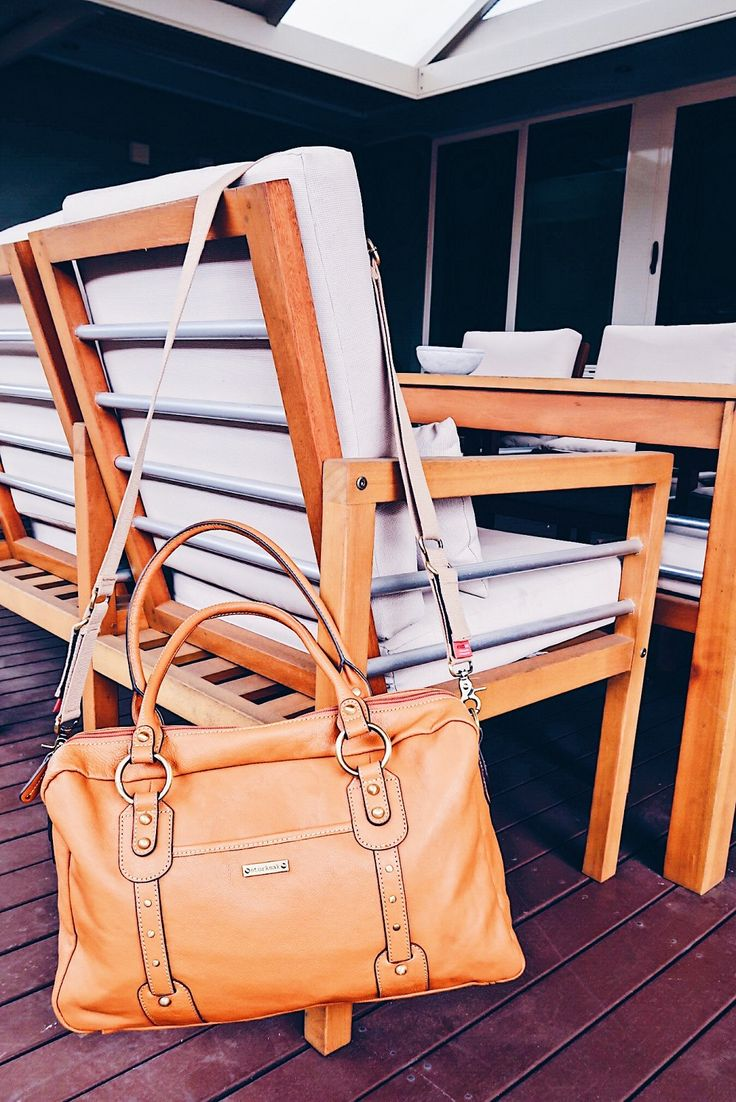Review Storksak Elizabeth Changing Bag