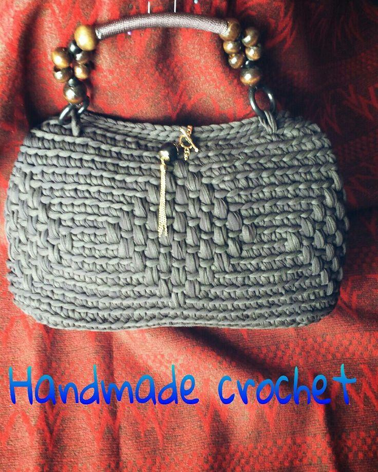 Borsa in fettuccia eseguita ad uncinetto  Fb page Handmade crochet  Made in italy
