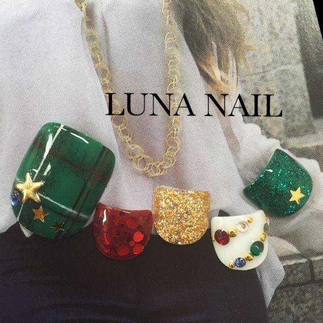 冬/パーティー/デート/クリスマス/フット , luna_nail_133162のネイルデザイン[No.1277089]|ネイルブック