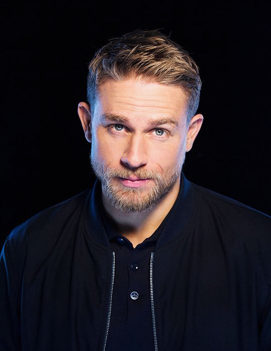 Awe Inspiring 17 Best Ideas About Charlie Hunnam On Pinterest Hot Men Jax Short Hairstyles For Black Women Fulllsitofus