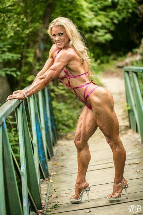 FBB Trisha Smick | Bodybuilding | Muscle fitness, Muscular ...