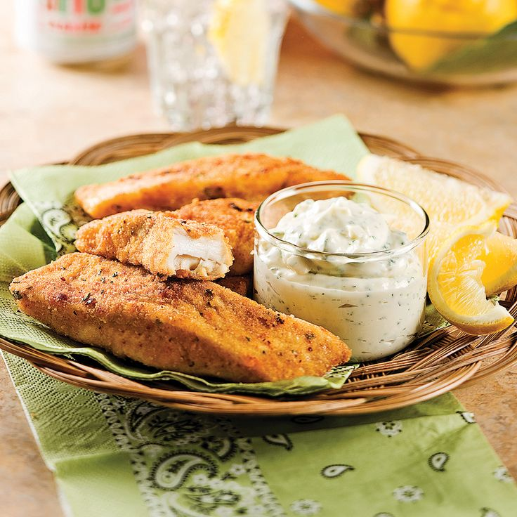 Aimer le poisson, c'est facile avec cette recette de poisson pané. L'enrobage donne au tilapia toute sa saveur. Un repas vite fait et bon pour toute la famille.