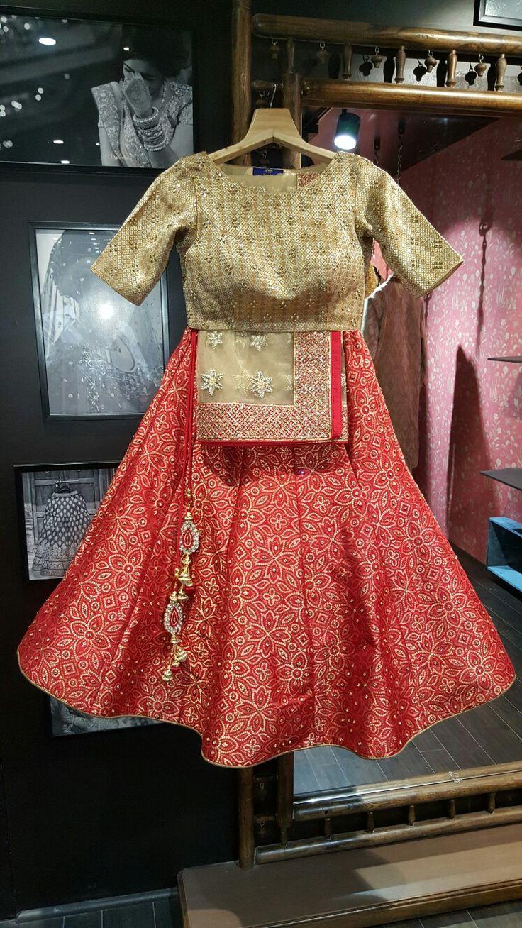 bridal lengha on pure banarasi silk with gota work border and all over kundan. only at Manish reshamwala Fashion studio surat. 9879568040