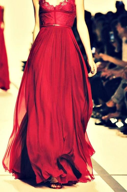 Beautiful burgundy dress- Elie Saab |