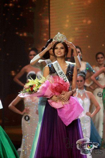 Bb. Pilipinas International 2016 Kylie Verzosa.
