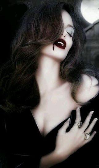 Femme Vampire Banque D'Images, Vecteurs Et Illustrations