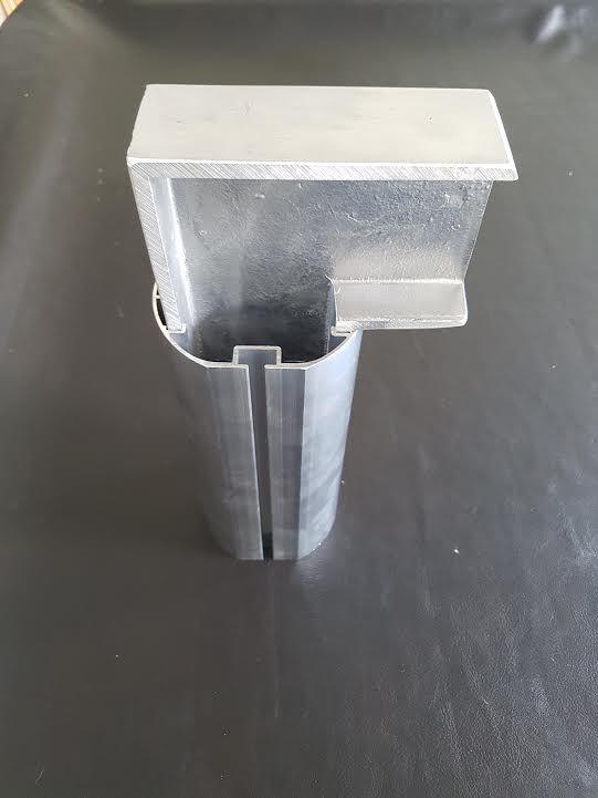 Onze aluminium voetbaldoelen zijn voorzien van een precies passende.sluitende inwendige hoekversteviging.
