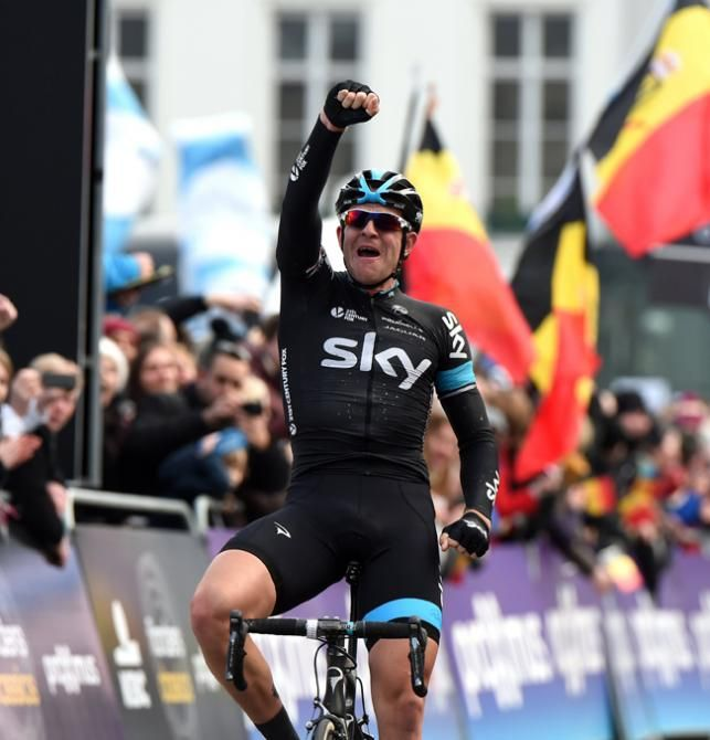 #Stannard sees off #Quickstep to win incredible #OmloopHetNieuwsblad - #IanStannard (#TeamSky) crossing the finish line to win #OmloopHetNieuwsblad
