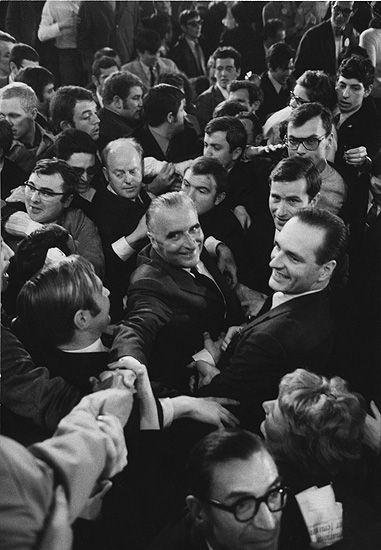 Marc Riboud //   Jacques Chirac avec Michel Pompidou, 1969