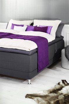 Cuvertură pat GLORIOSA 55x250 matlasată | JYSK