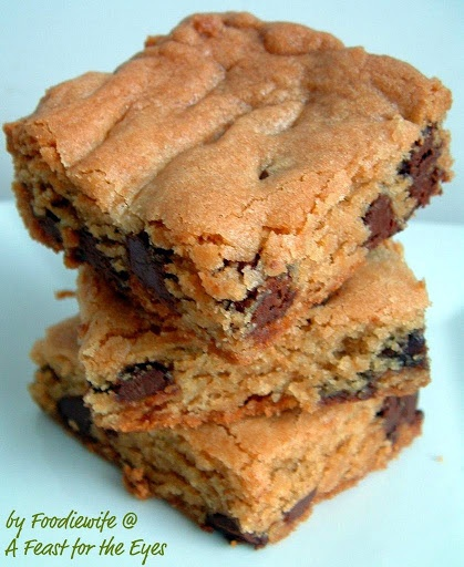 Thick Chewy Chocolate Chip Cookie Bars