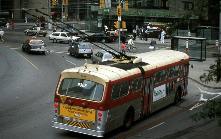 TTC  Toronto  Flyer  E700  trolley  coach