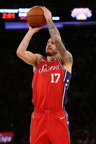 J.J. Redick Photos - JJ Redick  17 of the Philadelphia 76ers shoots the  ball against the New York Knicks at Madison Square Garden on December 25 47e543109