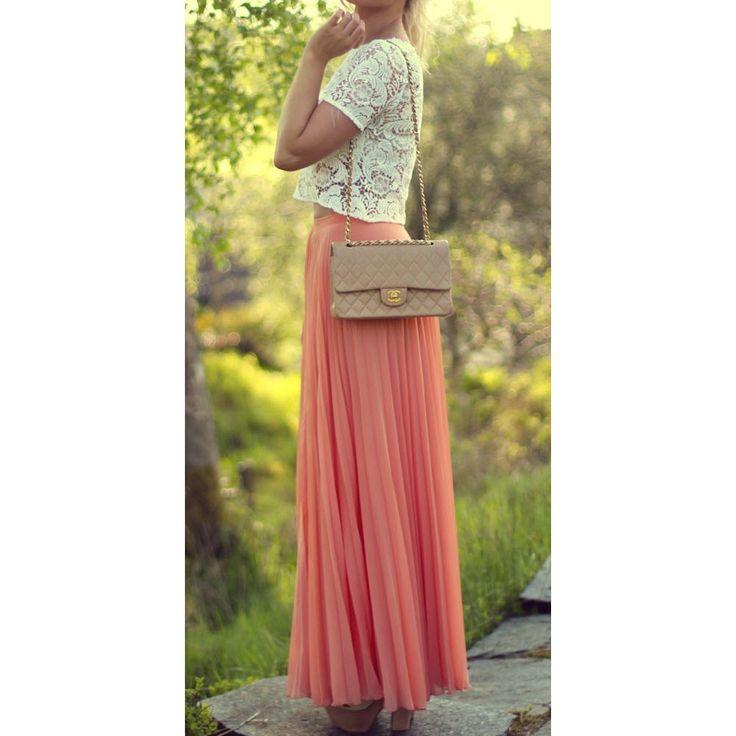 pretty long pleated skirt