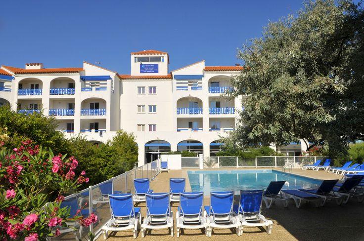 Résidence le Grand Bleu by Goelia - Au pied de la résidence, profitez de la piscine extérieure.