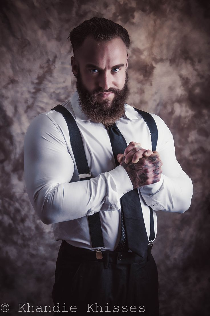 Mike Loco Mason. Beard adorned wrestler personal trainer. Copyright Khandie Khisses