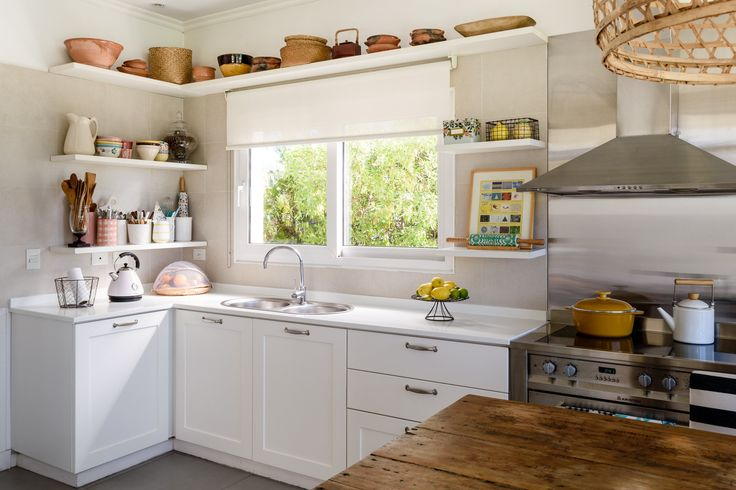 The Eclectic & Inviting Kitchen That Keeps Us Coming Back For More — Why It Works