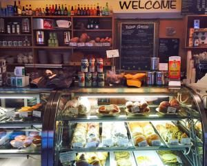 8 Things You Must Do in St. Joseph, a beach town in southwest Michigan.: Wake up at Café Tosi