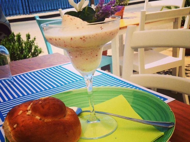 granita di mandorle...  almond dessert frozen...