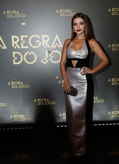 A Regra do Jogo - Giovanna Lancellotti escolheu um vestido preto e prateado (Foto: Raphael Dias/Gshow)