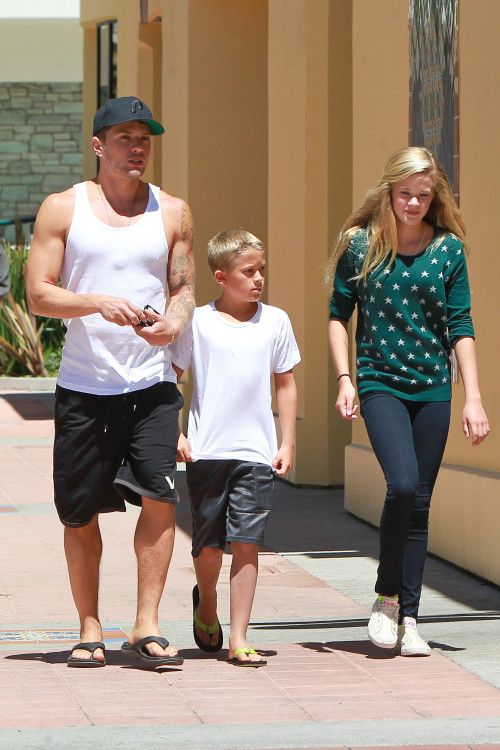 Ryan Phillippe's Brentwood Brood